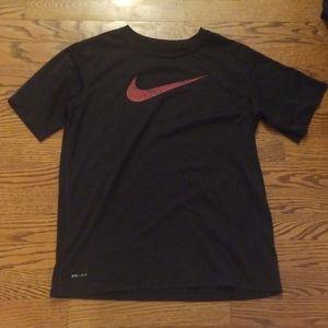 Nike boys dri fit tee  size large